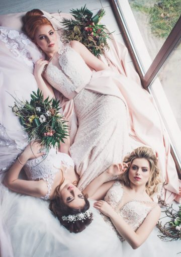 Picture of a bride and two of her bride maids