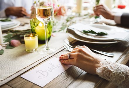 Great secrets to a beautiful wedding on a shoestring budget!