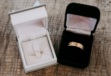 Engagement rings and diamonds: We breakdown 3 of the 4 C's for you!