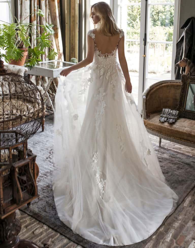 Wedding Dresses Gallery 62