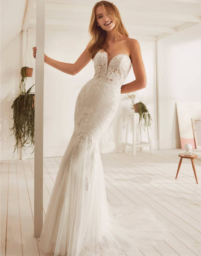 Wedding Dresses Gallery 75